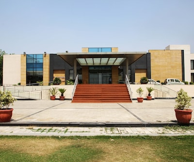 Grand Notting Hills Hotel & Resorts,New Delhi